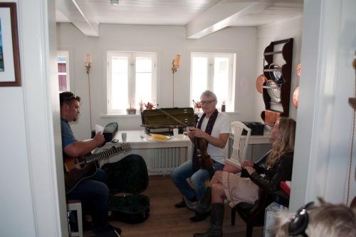 Green_room_rehearsal_-_funen_v