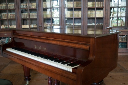 Library_bsendorfer