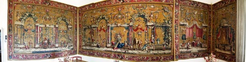 Tapestry_-_here_in_a_panoramiz